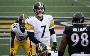 Ben Roethlisberger call out a play from the line of scrimmage.
