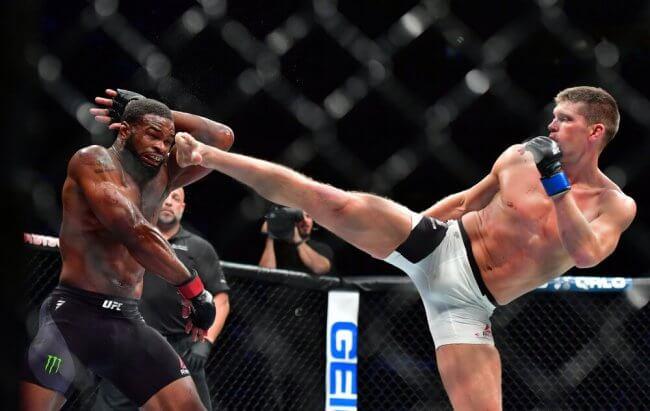 Stephen Thompson kicking Tyron Woodley at UFC 205
