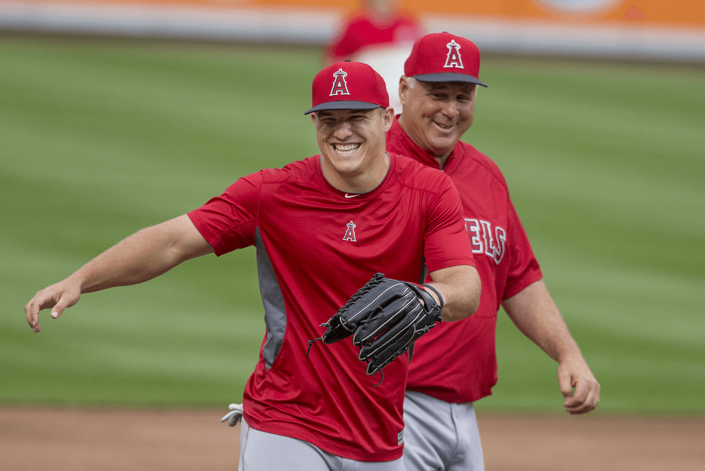 LA Angels' Mike Trout warming up