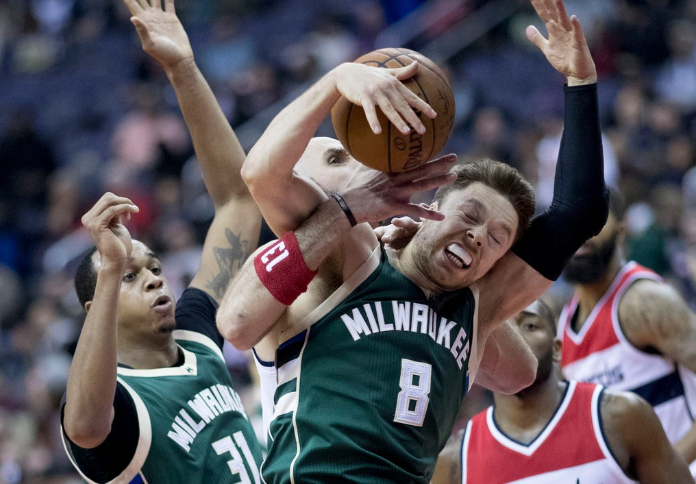 Matthew Dellavedova with the Bucks