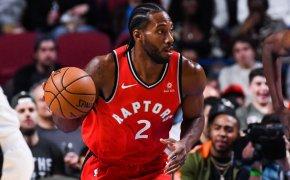 Toronto Raptors Kawhi Leonard dribbling