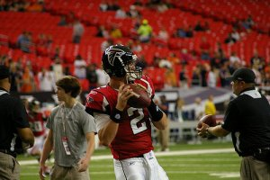 Matt Ryan warming up
