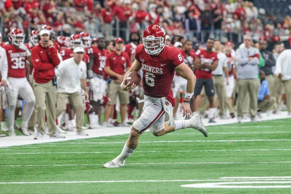 Oklahoma QB Baker Mayfield running