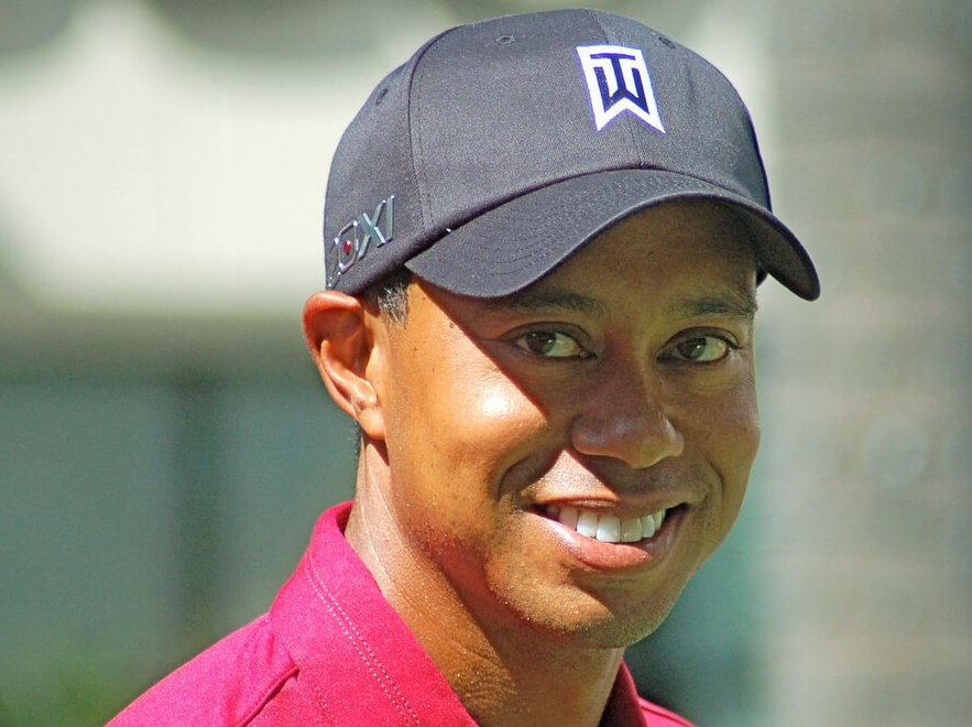 tiger woods is favored to win 2019 masters after tour