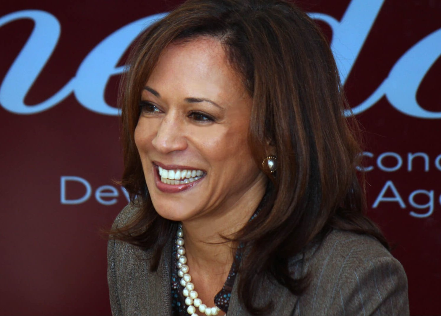 Kamala Harris Continues to Close in on Trump in 2020 ...