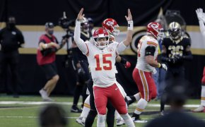 Patrick Mahomes signalling TD celebration