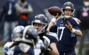 Tennessee Titans quarterback Ryan Tannehill throwing a pass