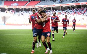 Luiz Araujo, right, and Burak Yılmaz celebrate a Lille goal.