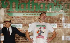 2021 Nathan's Hot Dog Eating Contest odds - Joey Chestnut and Michelle Lesco