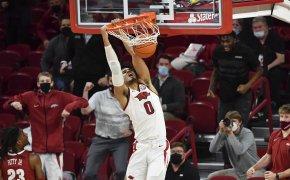 Justin Smith dunk