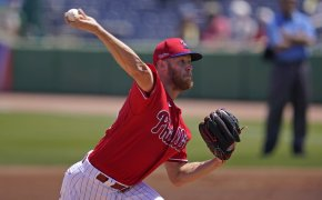 Zack Wheeler throws pitch