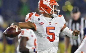 Clemson quarterback D.J. Uiagelelei looking for a teammate to throw the ball to during a game.