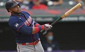 Nelson Cruz watching ball hit