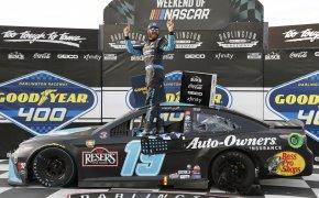 NASCAR Drydene 400 odds - Kevin Harvick - Denny Hamlin