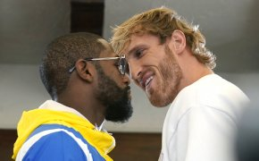 Floyd Mayweather vs Logan Paul Sportsbook Promos & Bonuses at bet365, BetVictor, 888sport
