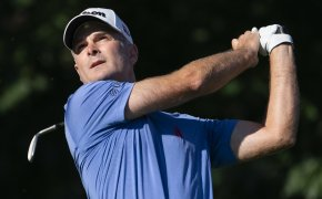 Kevin Streelman admires a tee shot