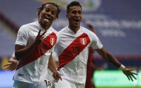 Andre Carrillo, Peru, celebrate