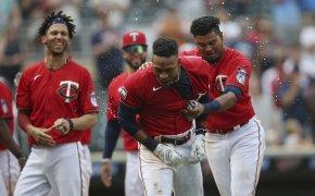 Jorge Polanco celebrates home run