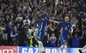 Romelu Lukaku celebrates with his teammate Jorginho after scoring