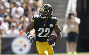 Pittsburgh Steelers running back Najee Harris carrying the ball during an NFL football game.